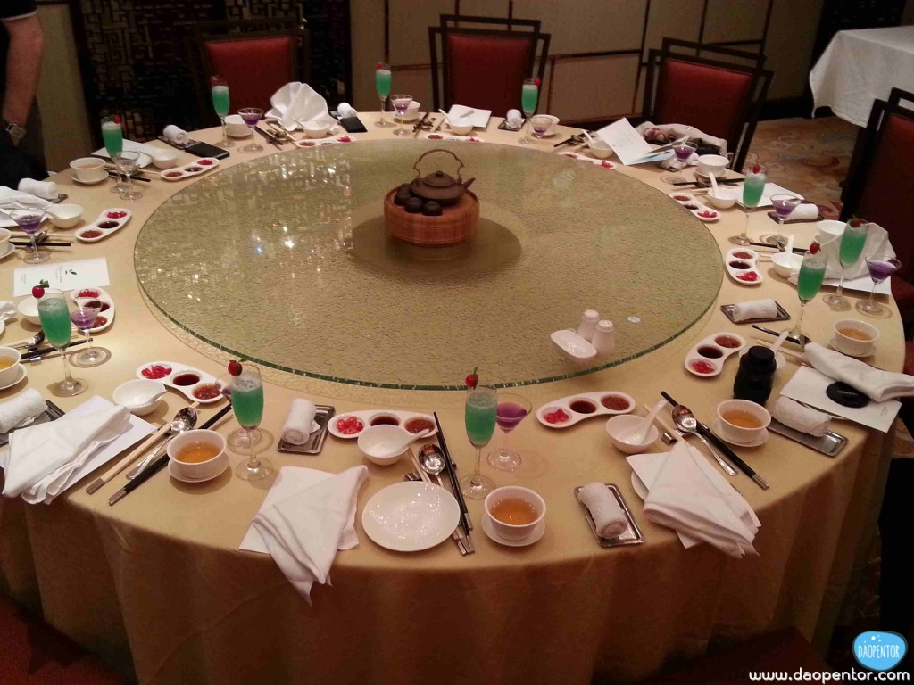 Shang Palace Table