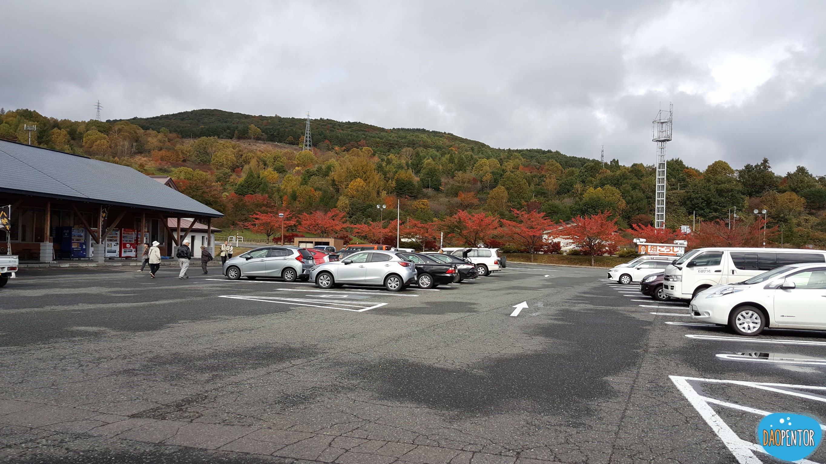 CAR PARK HACHIMANTAI
